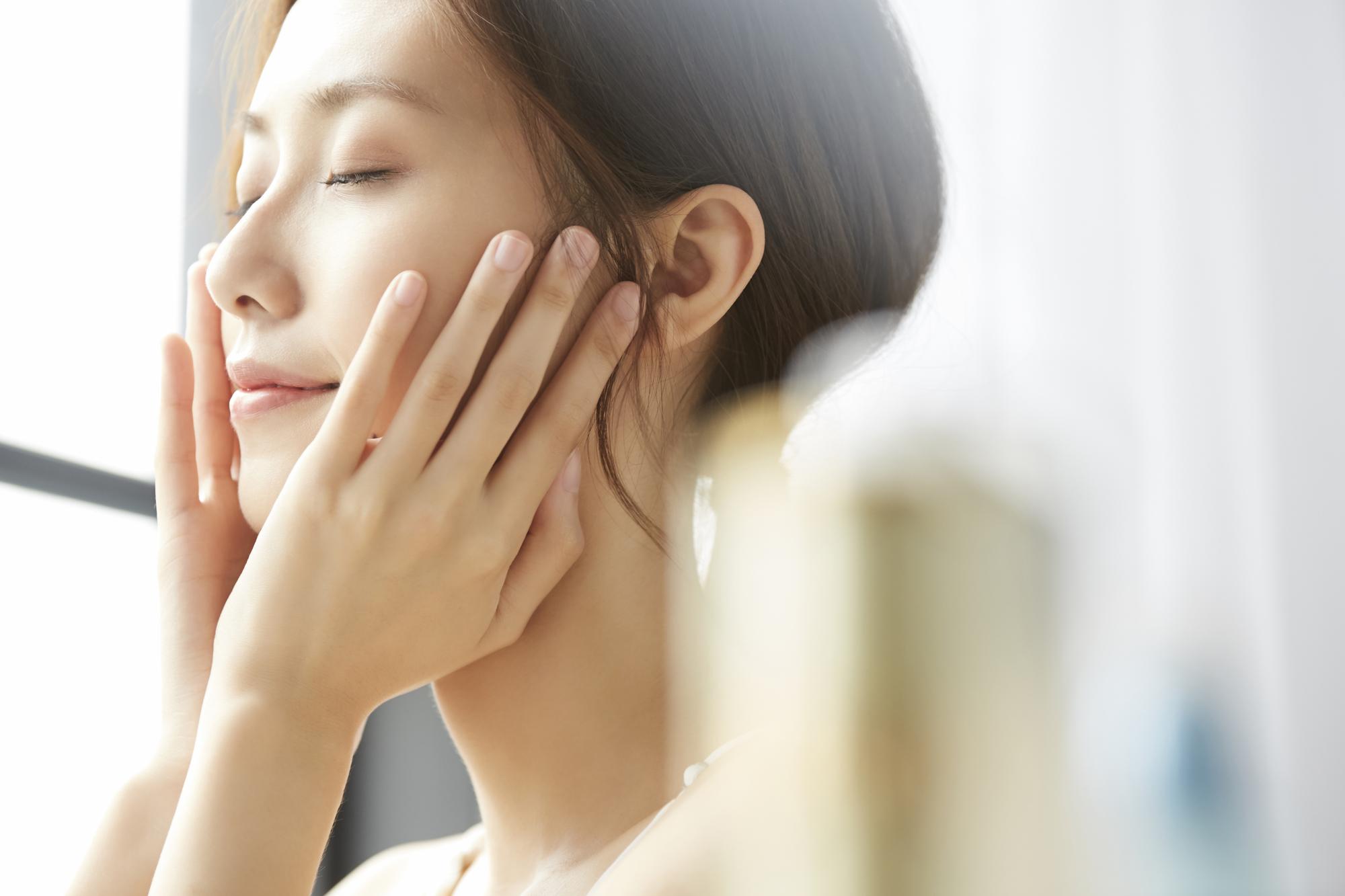 乾燥肌におすすめ保湿効果のあるファンデーション6選!タイプ別の選び方も紹介