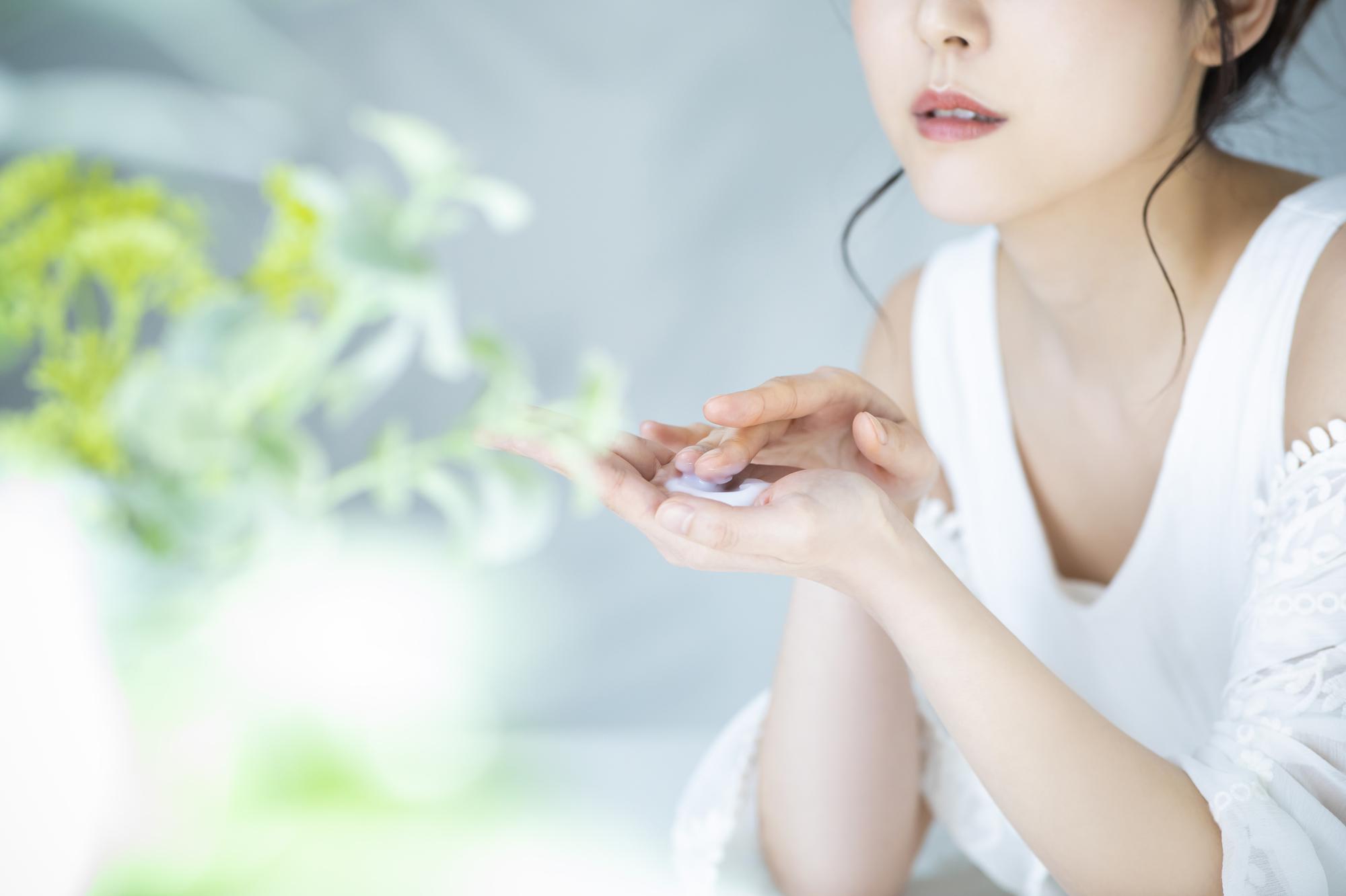 しわにおすすめの美容液ランキングTOP5 人気のレチノール化粧品は?