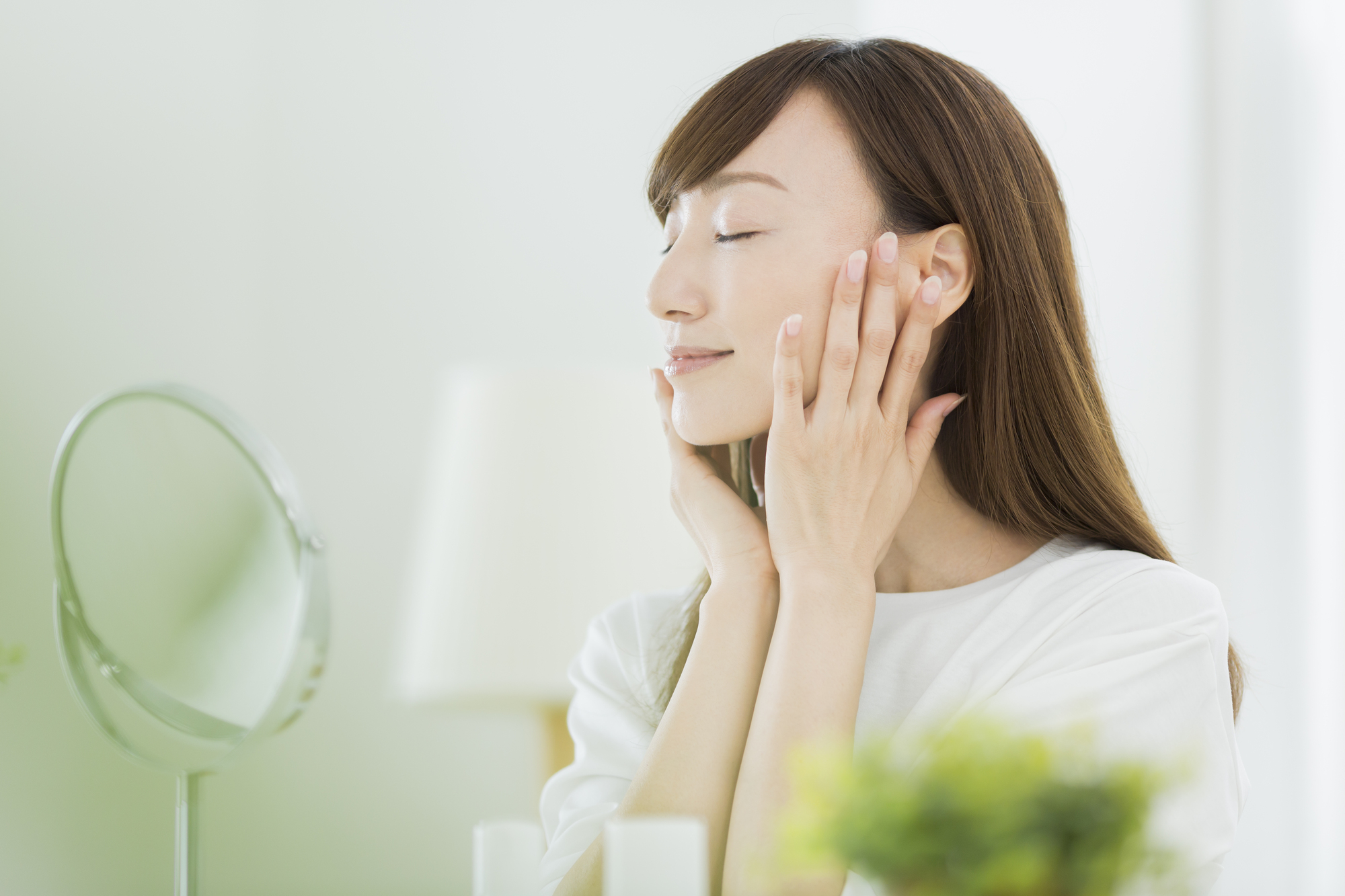 40代、今までのスキンケアでいい? たるみ・シワ・シミ対策におすすめのエイジングケア化粧品9選